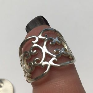 Jewelry - Sterling Silver Curly Band Ring, Sz 7